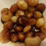 Süß-sauren Zwiebeln